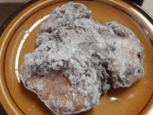 冷凍状態のあんこ餅